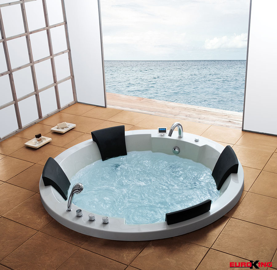 Bồn tắm massage dành cho không gian rộng