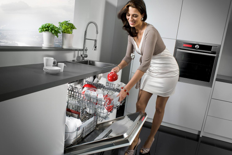những lý do nên mua máy rửa chén ở bếp Viethome